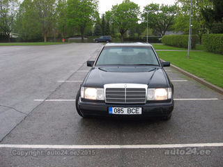 Mercedes benz e 300 3 0 r6 81kw for Mercedes benz 800 number