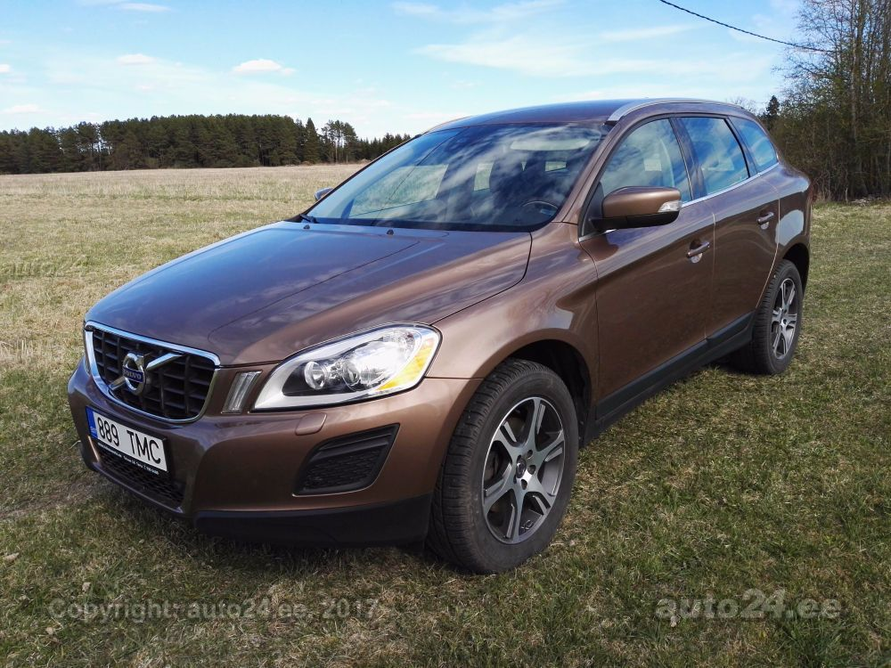 volvo xc60 d4 summum awd 2 4 120kw. Black Bedroom Furniture Sets. Home Design Ideas