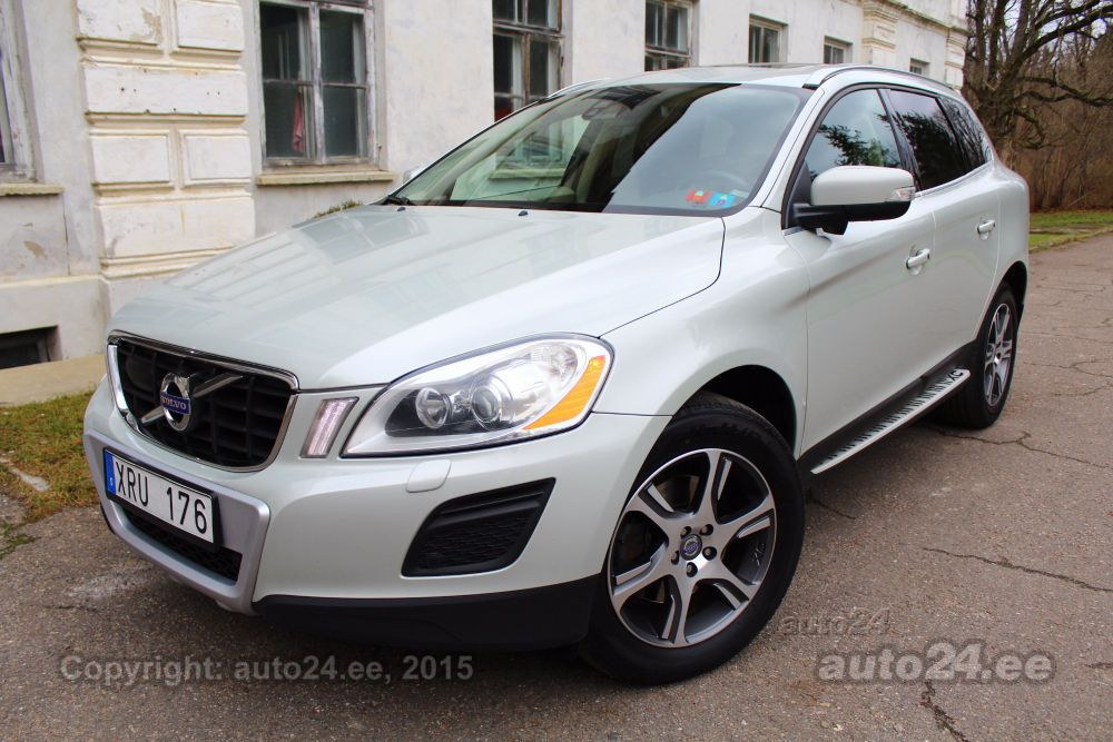 volvo xc60 awd summum xenium my2012 2 4 d5 151kw. Black Bedroom Furniture Sets. Home Design Ideas