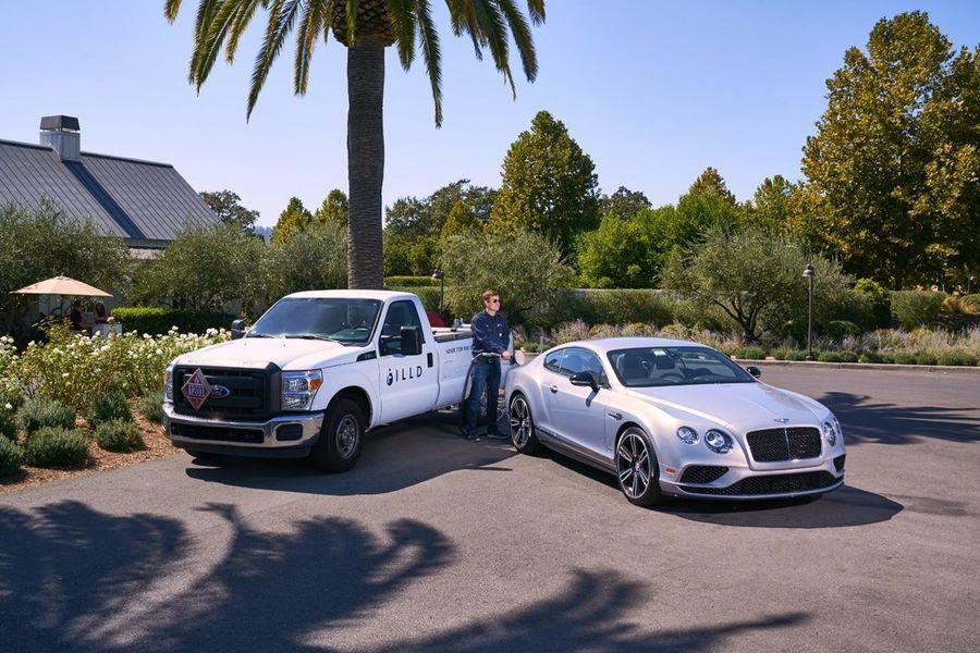 Bentley omanikud saavad kütust tellida äpiga