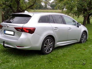 Toyota Avensis Touring Sports Active 1.8 108kW