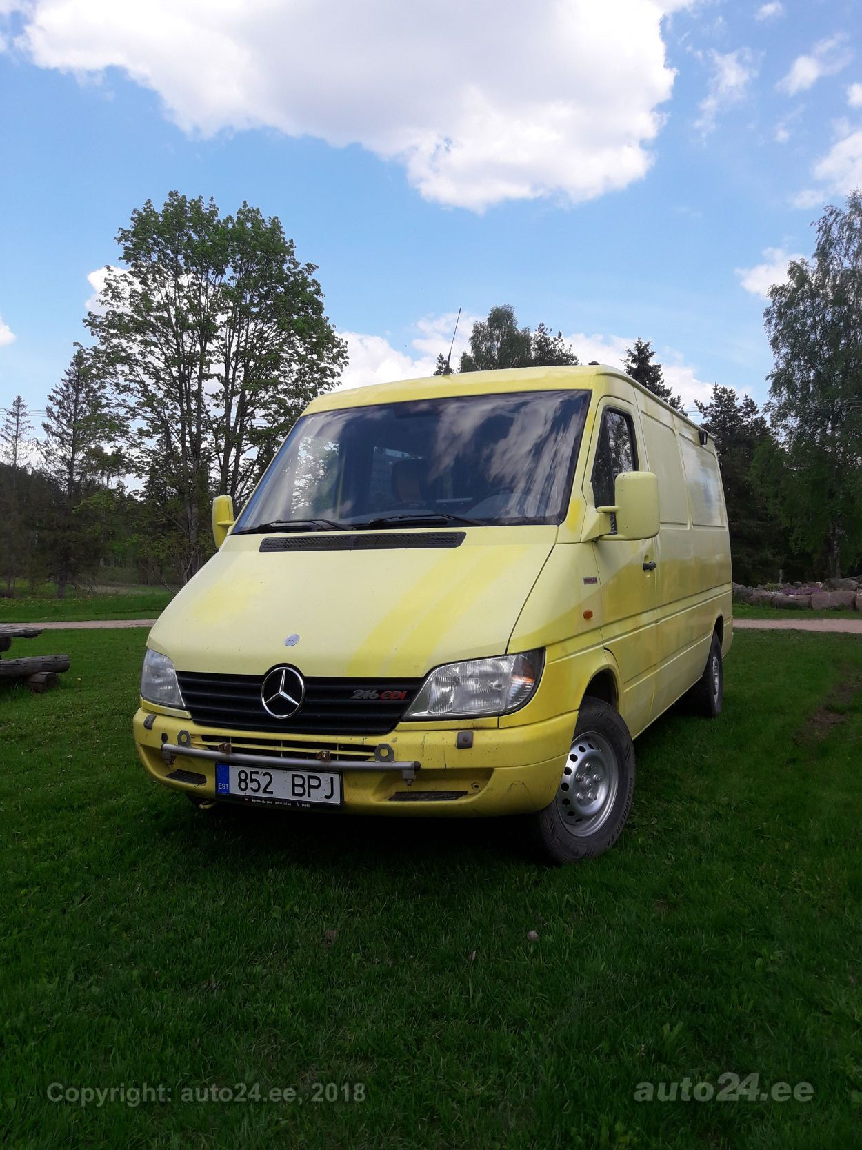 mercedes benz sprinter 216 cdi 2 7 115kw. Black Bedroom Furniture Sets. Home Design Ideas