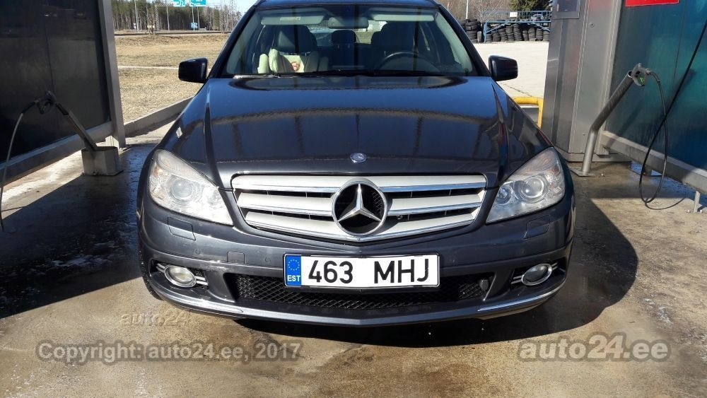 Mercedes benz c 320 4matic 3 2 v6 165kw for Mercedes benz 3 2 v6 engine