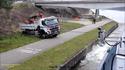 VIDEO: Laev aitas veoki hädast välja