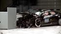 Tesla ründas IIHS-i turvatesti tulemusi