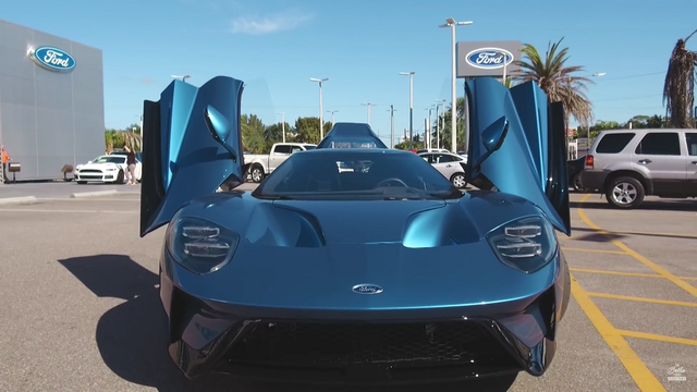 John Cena Ford GT. Foto: Youtube
