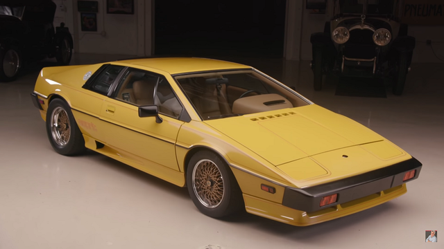 Lotus Esprit. Kaader: Youtube
