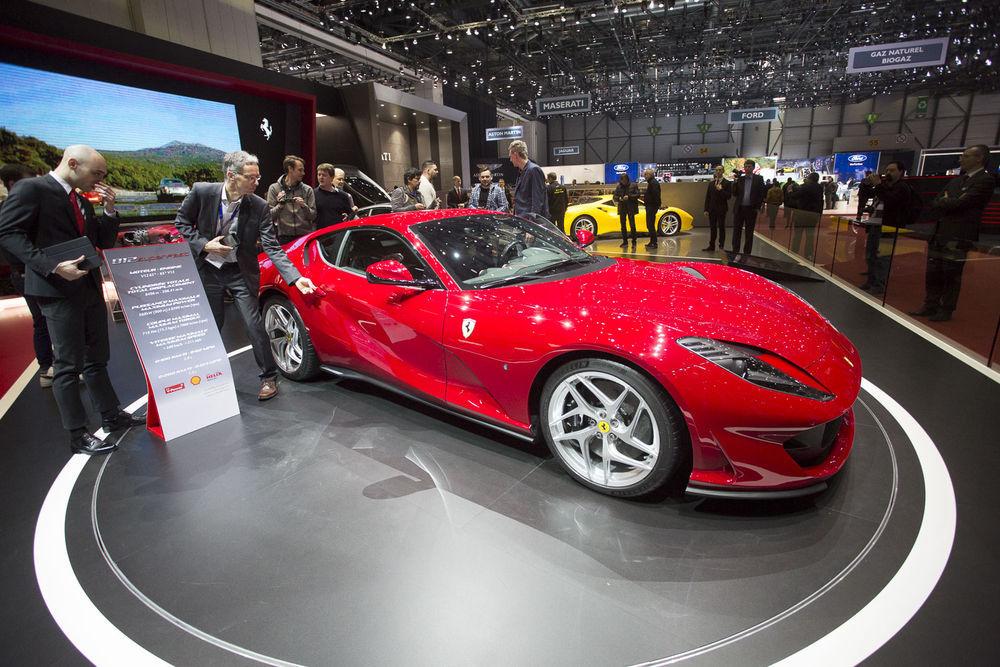 GENF 2017: Ferrari 812 Superfast on ühe ajastu luigelaul